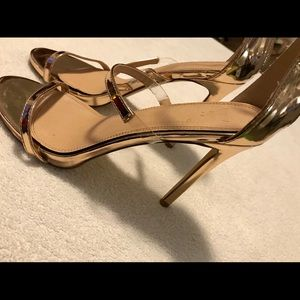 Almost Brand New Gorgeous Heels By Delicious